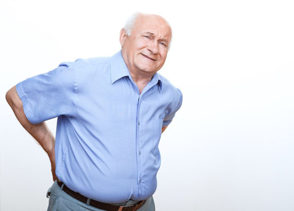 Image result for người già đau lưng
