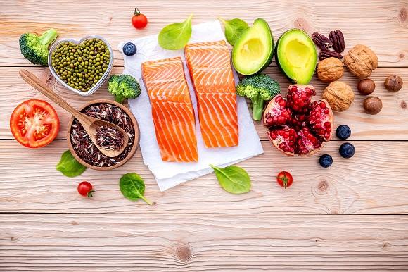 Chế độ dinh dưỡng cần thiết cách trị đau lưng hiệu quả