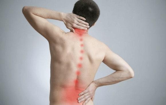 Thoái hóa đĩa đệm cột sống khiến người bệnh gặp nhiều khó khăn trong sinh hoạt